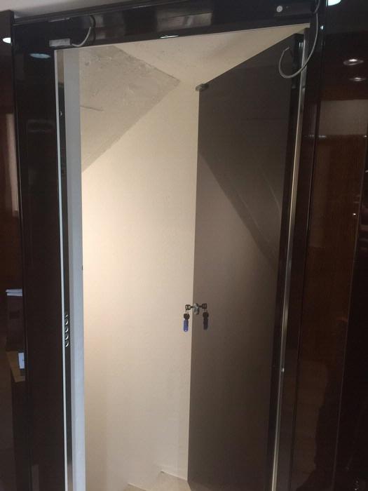 Porte blindate in classe 3 e classe 4 porte blindate con cerniere a scompars - Porte blindee classe 3 ...