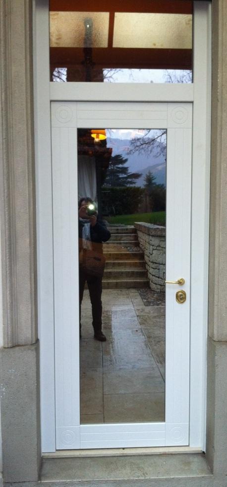 Porte blindate in classe 3 e classe 4 porte blindate con cerniere a scomparsa tomellini s r l - Porta finestra blindata ...